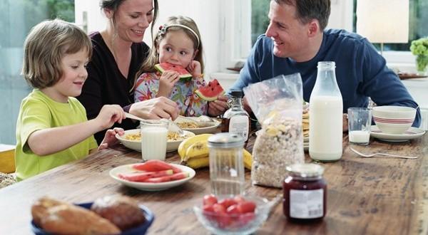 Οικογενειακές καταστάσεις: Γιατί είναι σημαντικό να τρώμε όλοι μαζί;